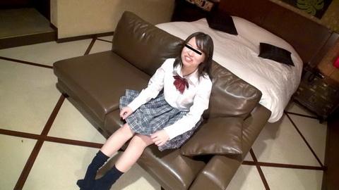 制服時代 〜私のクリトリス、超敏感でパンツがすぐに染みだらけになっちゃう〜 宮原圭子