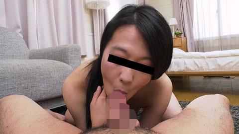 卑猥なカメラ目線でうっとりじゅぼじゅぼフェラ 佐野静香