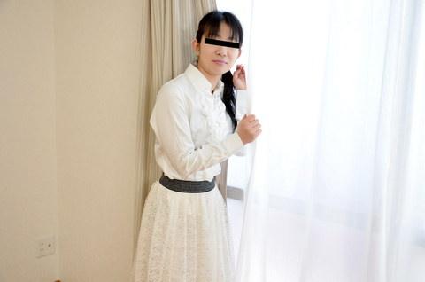 清楚な女子大生に卑猥なスケスケ水着を着衣してもらいました 桜井舞